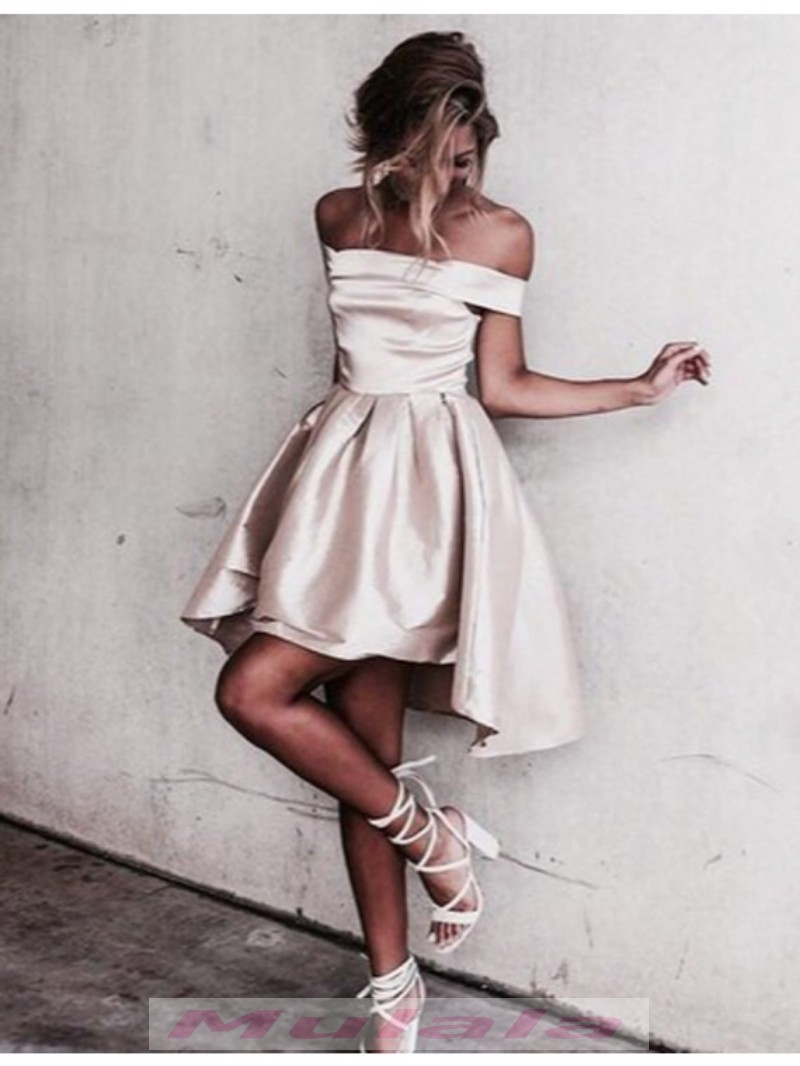 12a0eedb74 Light Champagne Off Shoulder Short Homecoming Dresses 2018 Strapless Cheap  Prom Dresses Party Gowns