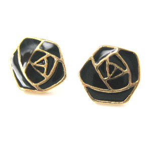 Small Floral Rose Shaped Outline Stud Earrings in Black on Gold