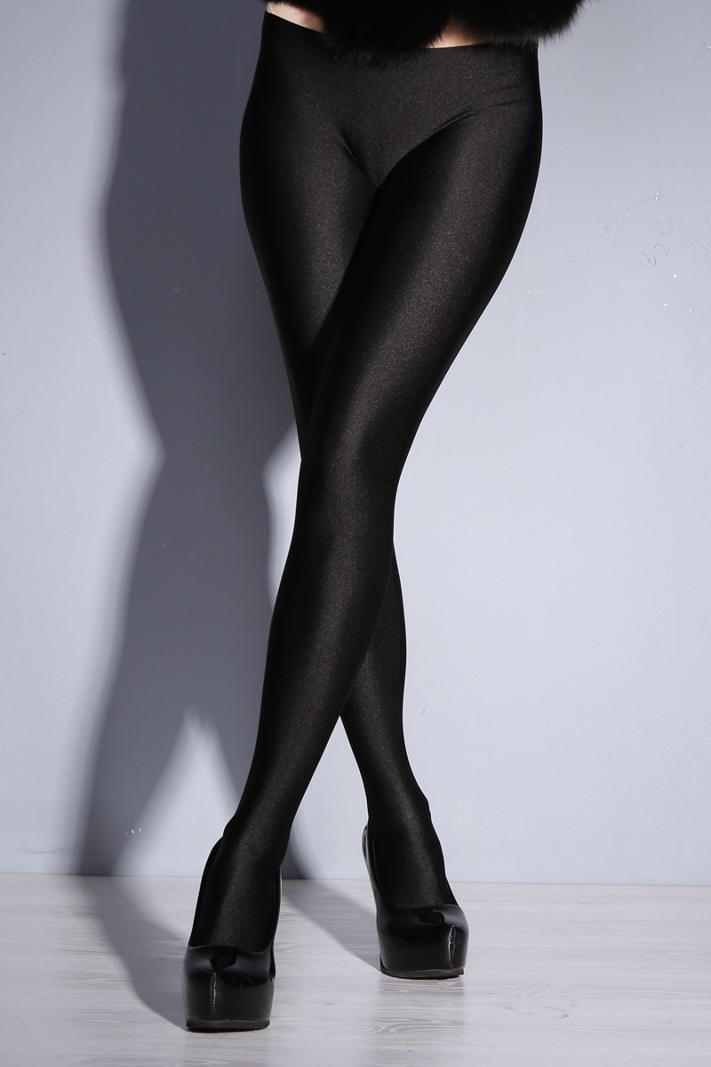 Can low rise crotchless pantyhose