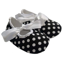 Black-polka-dot-baby-crib-shoes-700x700_medium