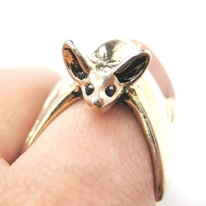 3D Detailed Bat Wings Wrap Around Animal Ring in Shiny Gold - Sizes 5 to 10