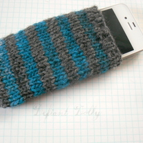 Knit striped iPhone sock