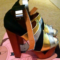 Jeffrey Campbell BRAND NEW WITH BOX!! US 8 1/2
