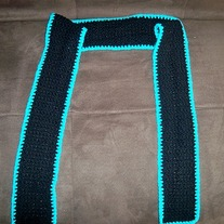 Dark_20and_20sharp_20scarf_201_medium