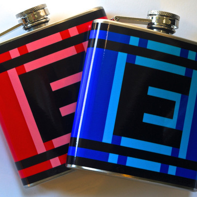 Red and blue e-flask combo
