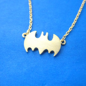 Classic Batman Bat Logo Shaped Charm Necklace in Gold
