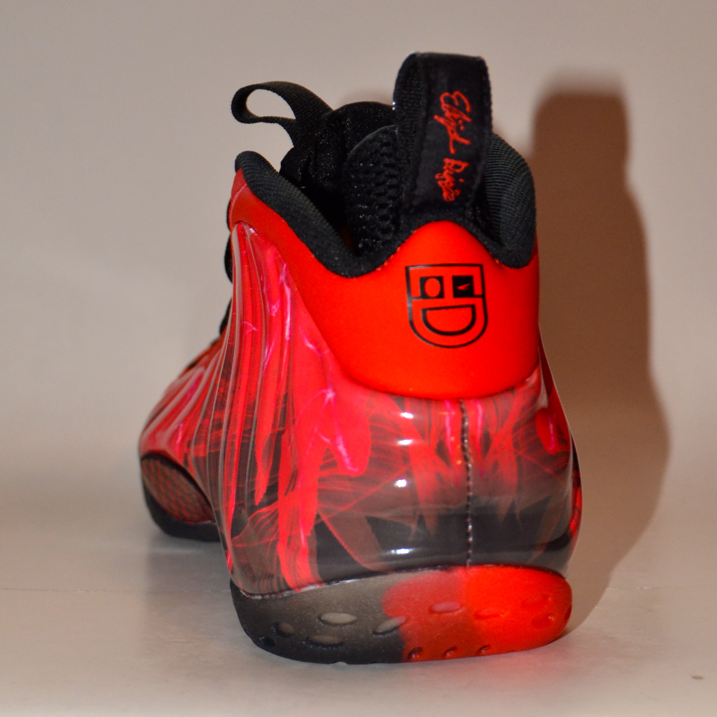 Nike AIr Foamposite One  Doernbecher    Thumbnail 2