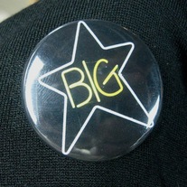 Bigstar_button_medium