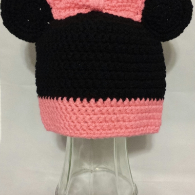 Little mouse beanie w/ pink bow
