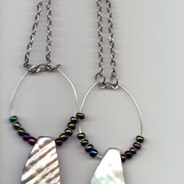 *NEW* Mother of Pearl and seed bead earrings