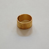 Gold ring - Thumbnail 1