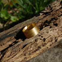 Gold ring - Thumbnail 2