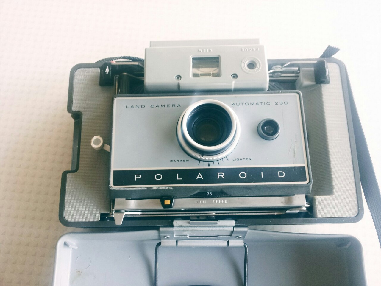 Camera Vintage Tumblr : Vintage polaroid land camera automatic 230 on storenvy