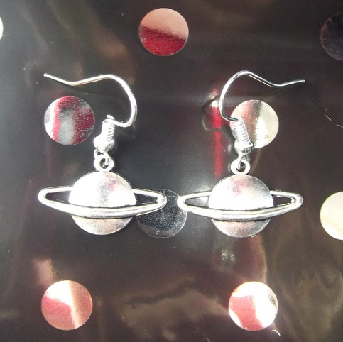 planet saturn earring - photo #44