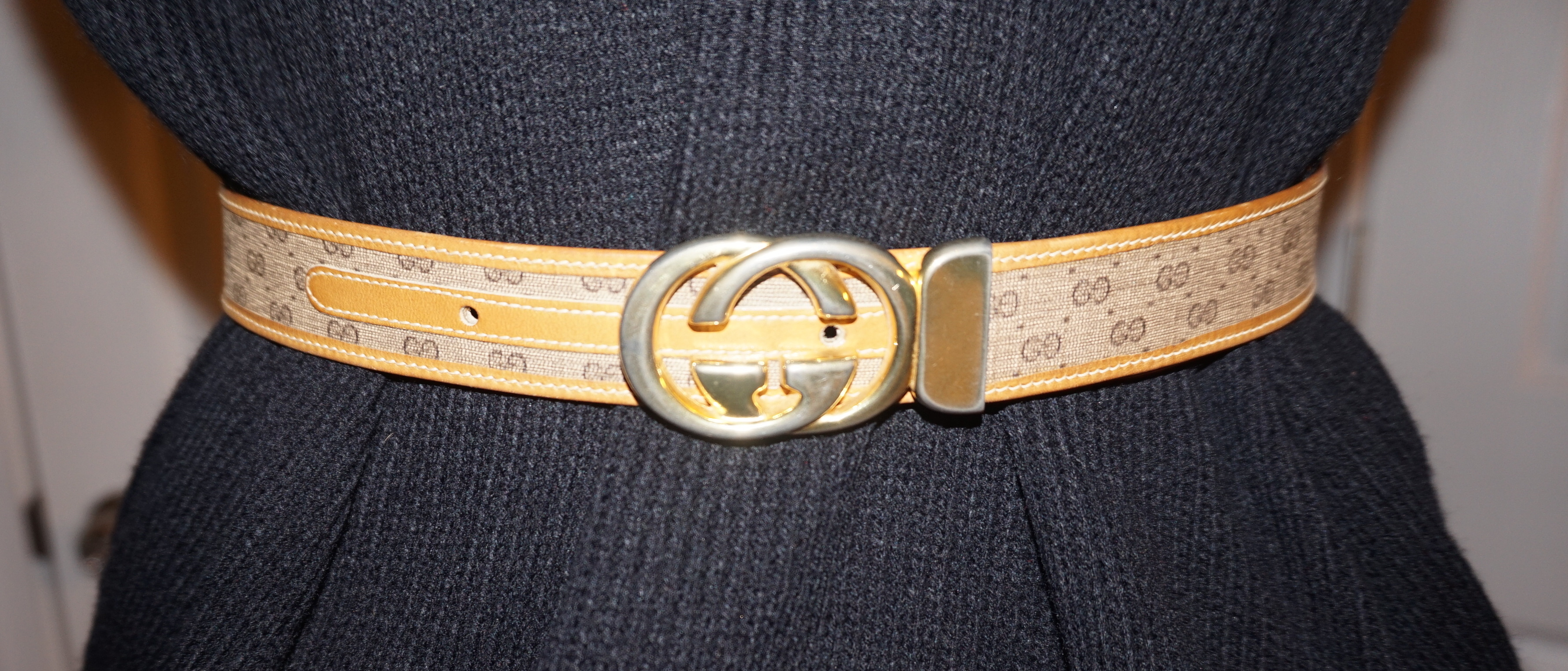 d1f03fbca Vintage Authentic Gucci Belt Size 28 or Small on Storenvy