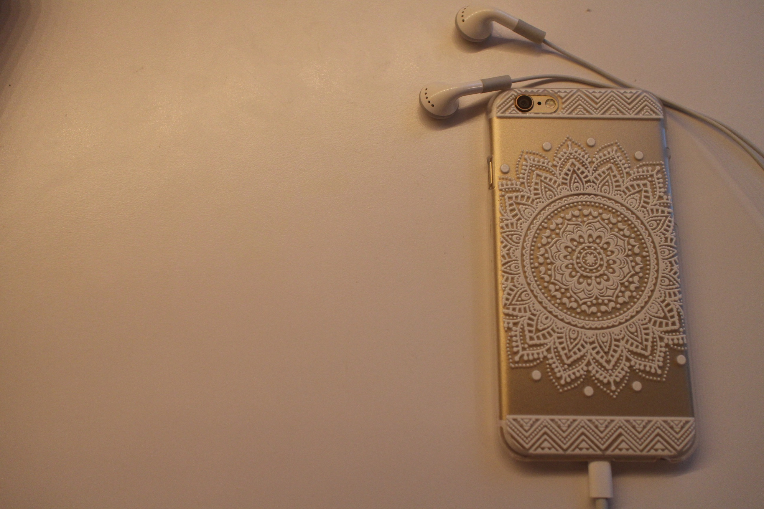 newest cf2d1 41d80 iPhone 6 Henna Case