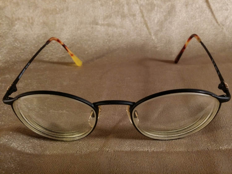 Vintage GIORGIO ARMANI eyeglass frame MODEL 132 748 49-19 135 ...