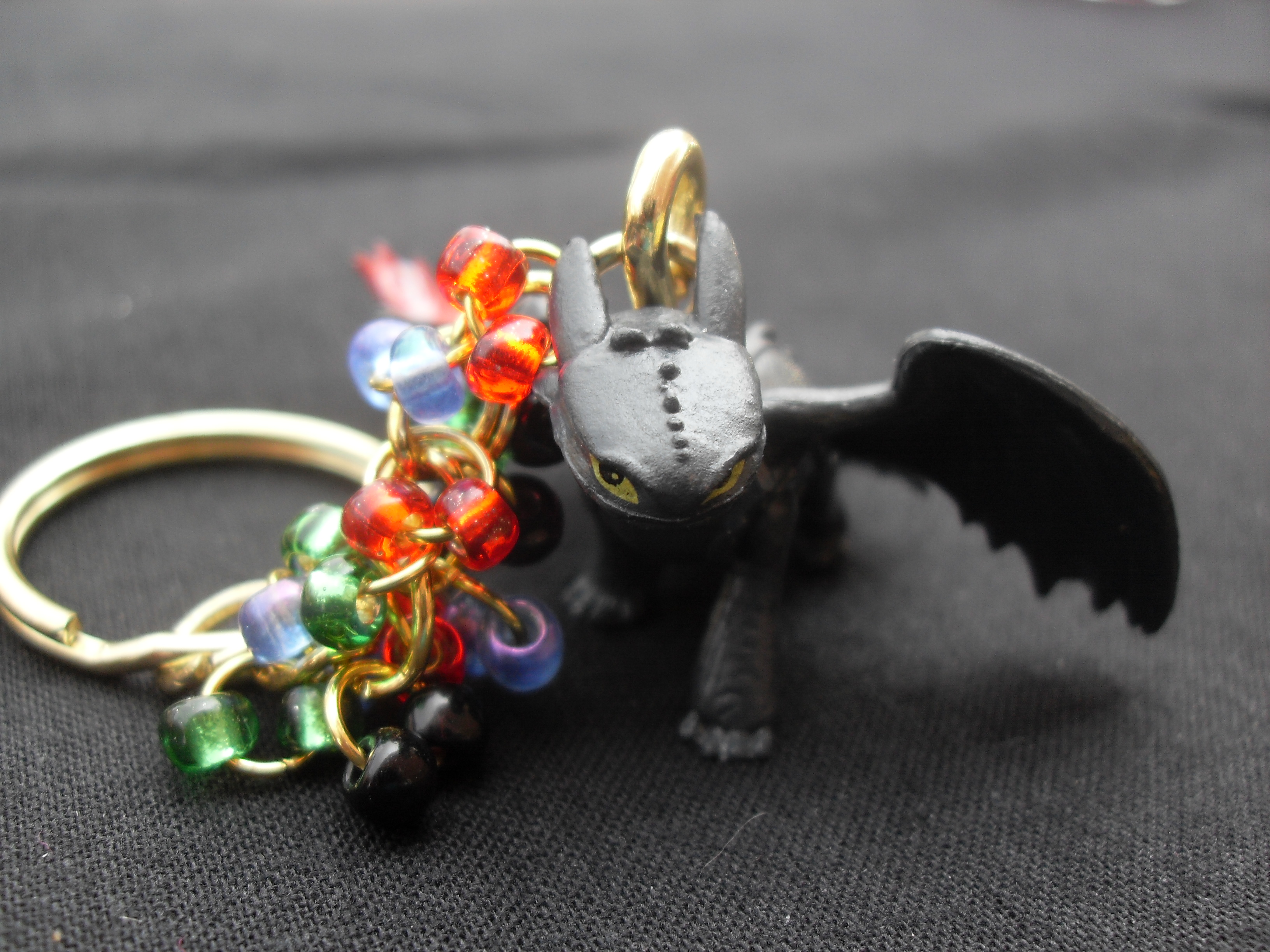How To Train Your Dragon Beaded Keychains (Gold)