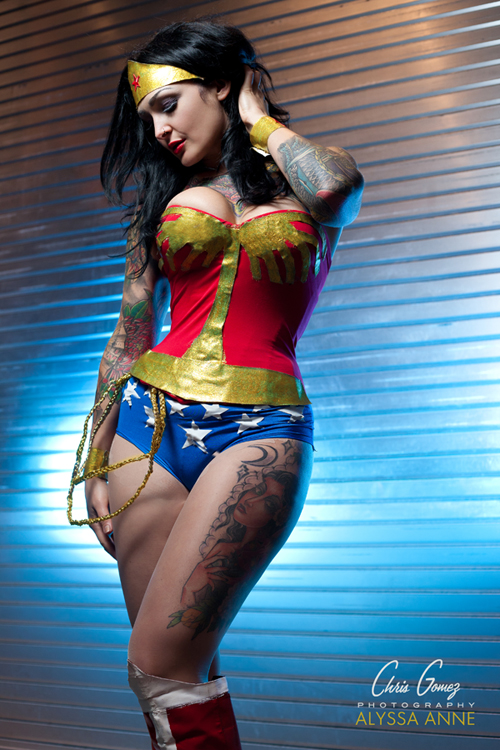 Wonder woman cosplay hot