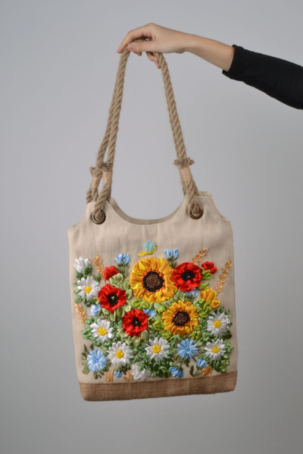 Bag with embroidered satin flowers on Storenvy