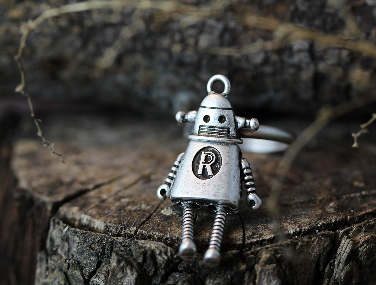 Lonley Robot Ring Antique Retro Funny Fancy Toy Jewelry