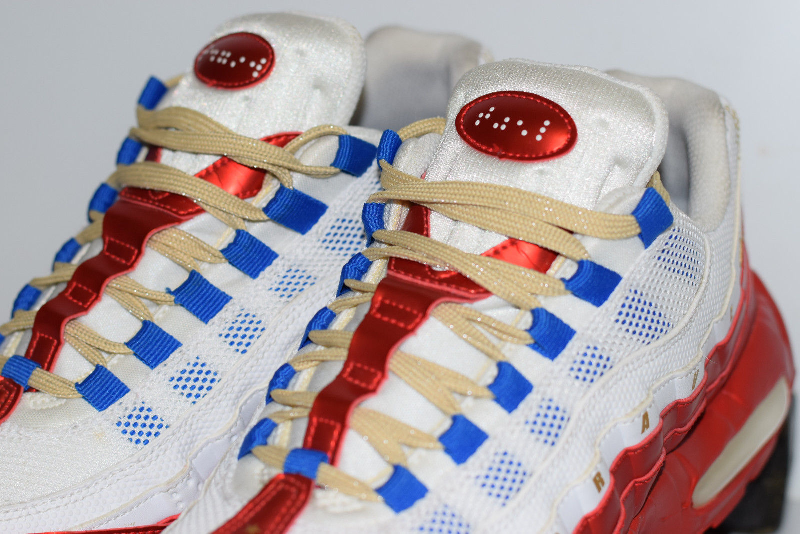 online store d8ba5 e835a Size 8 | 2011 Nike Air Max 95 Doernbecher Daniel Blair 507450-180 on ...
