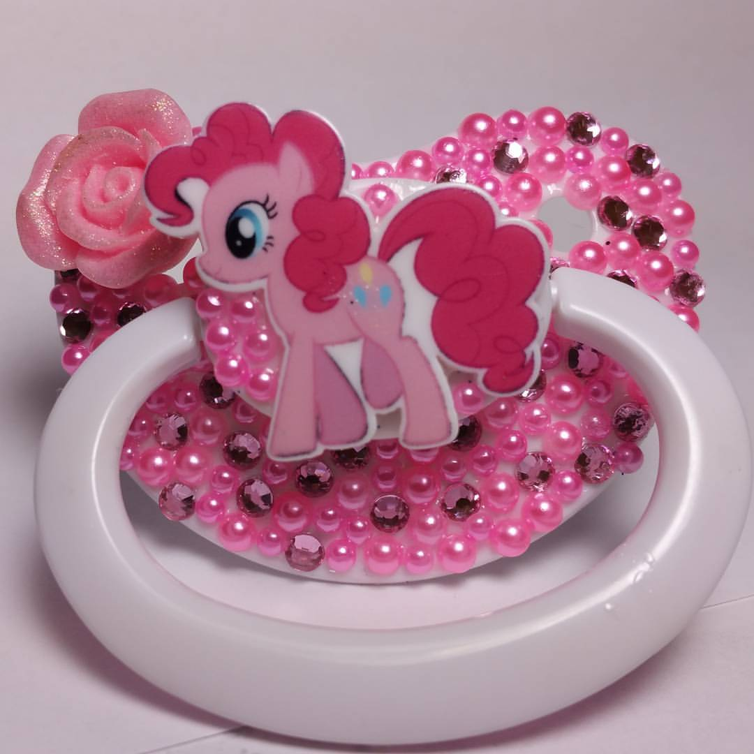 Pinkie Pie ddlg paci from LittlesOwlShop