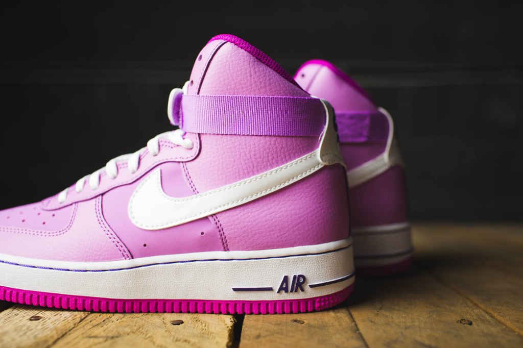 nike air force 1 high white pink