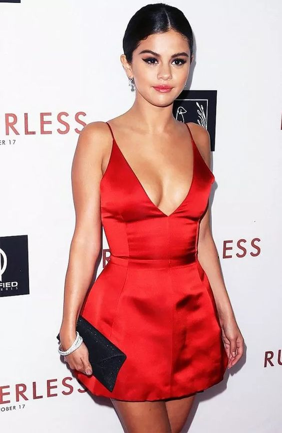 d3703d8158c43 Sexy Selena Gomez Celebrity Dress Little Red Prom Dress Deep V-neck Mini  Short Prom Dresses Party Dress Cocktail Dress from bettybridal