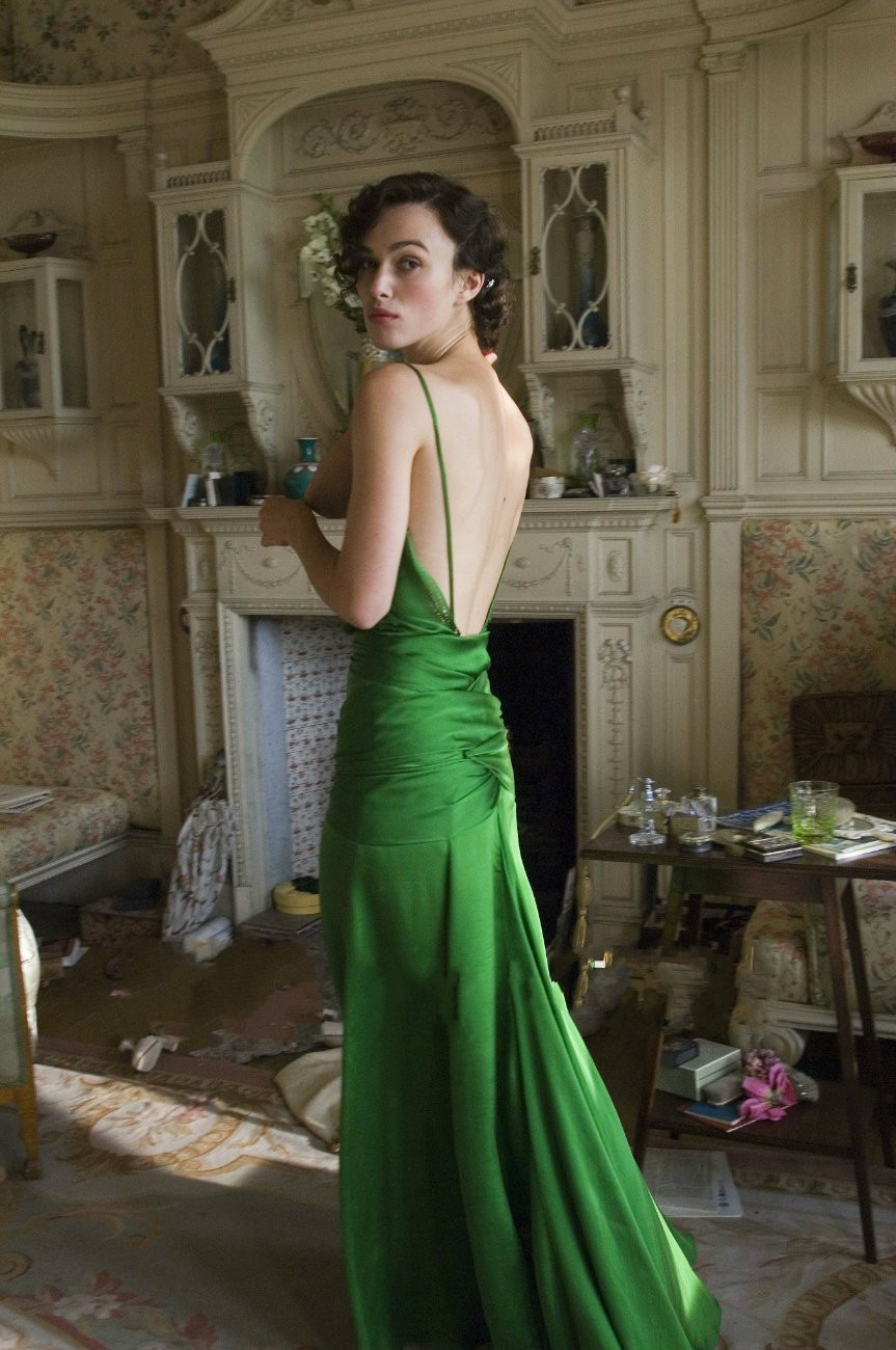 Elegant Green V Neck Backless Long Celebrity Dresses on Keira knightley  from the Movie Court Train Formal Gowns for Women from bettybridal