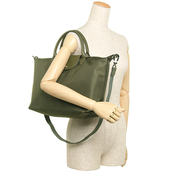 d1b3c3f01933 Tote bags longchamp le pliage neo medium tote khaki green 1562137 3 67914  original