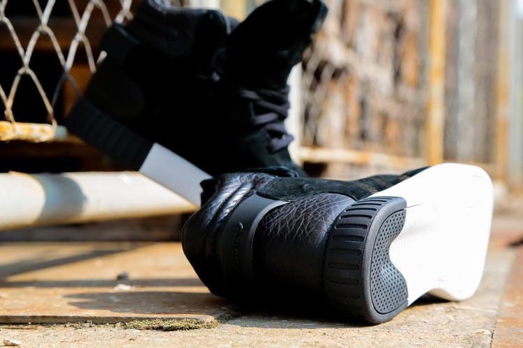 125d997df9d297 ... Adidas Tubular Invader Strap core black vintage white - Thumbnail 3 ...