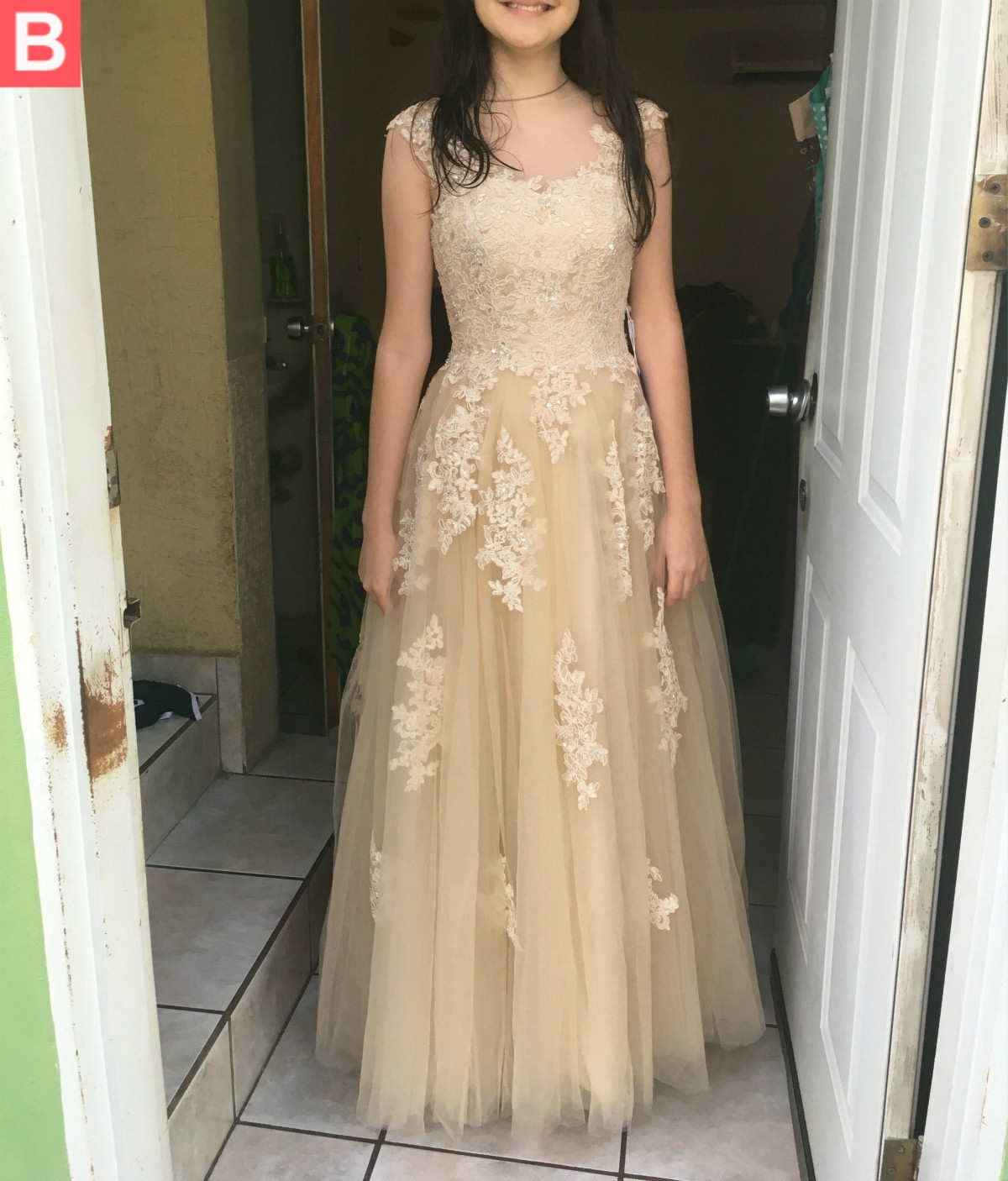 Sleeveless Round Floor Length Long Champagne Lace Tulle A Line Plus