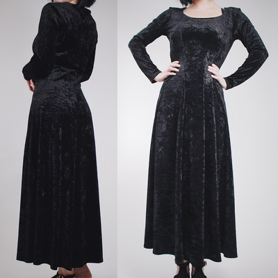 e440ffdf84 Claimed @tinyredrobin - vintage 90s black crushed velvet morticia gown
