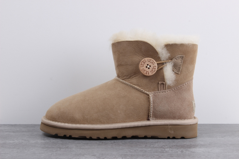 cb7e3bbd82d UGG sheepskin one snow boots waterproof anti-fouling shoes Light Brown