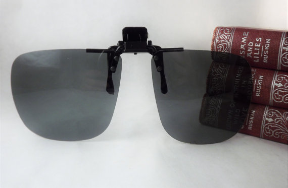 12fe5b6c7a Clip On Sunglasses Vintage 1980s Polarized UV block Mens Clipon ...