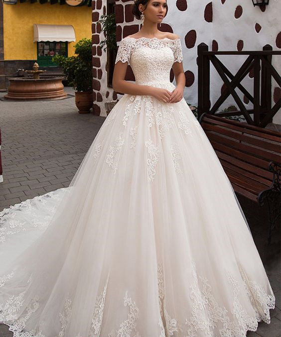 White Wedding Dress Song: Elegant Off The Shoulder Short Sleeves Ball Gown Lace