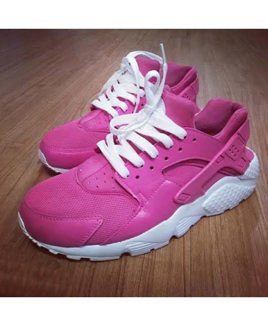 54a26cb94514 Fuchsia   White Custom Nike Air Huaraches · SneakerSuperShop ...