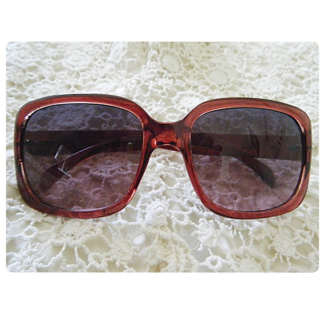 a460c02bc5 American Eagle Outfitters Maroon Sunglasses · Rillest · Online Store ...