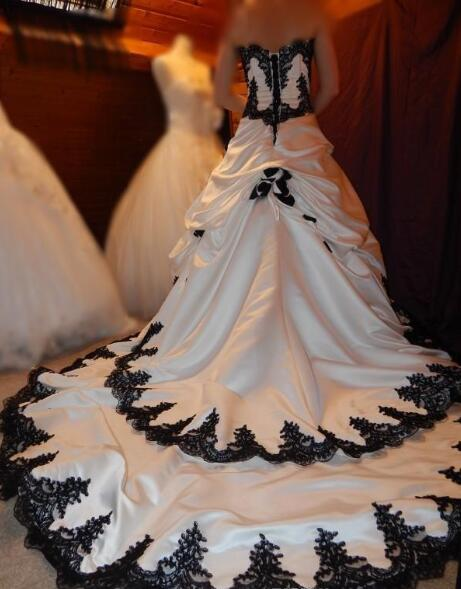 a8d26689c61 Black and White Wedding Dresses 2019 Gothic Lace Applique Tiered Pageant  Bridal Dress Long Back Lace