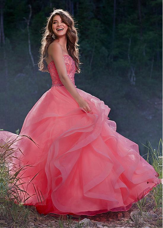 27ff462268d Graceful Tulle Sweetheart Neckline Ball Gown Quinceanera Dresses With Beaded  Embroidery