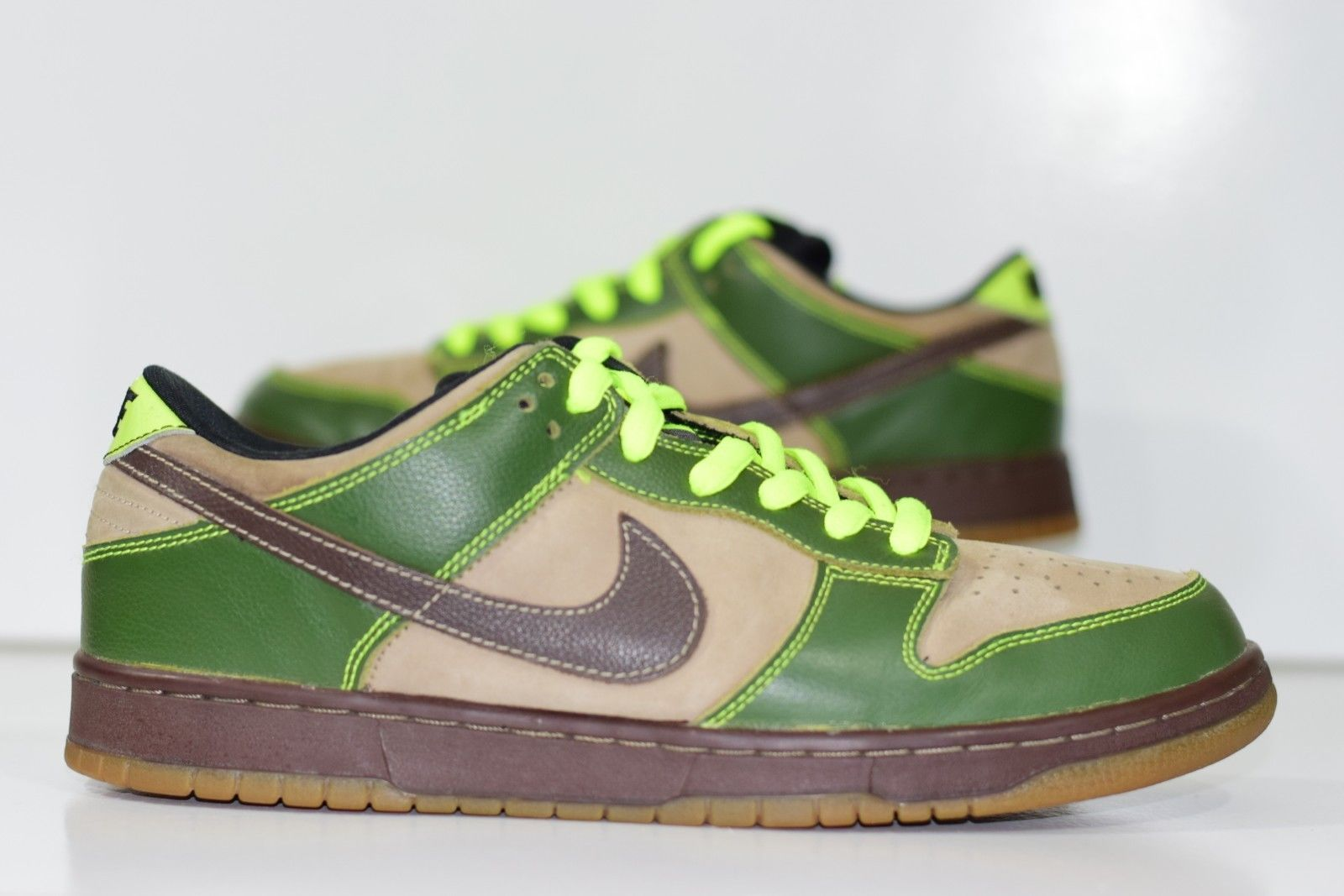super popular 90cab 17fdb Size 10.5  2004 Nike Dunk Low Pro SB JEDI Star Wars Yoda 304292- ...