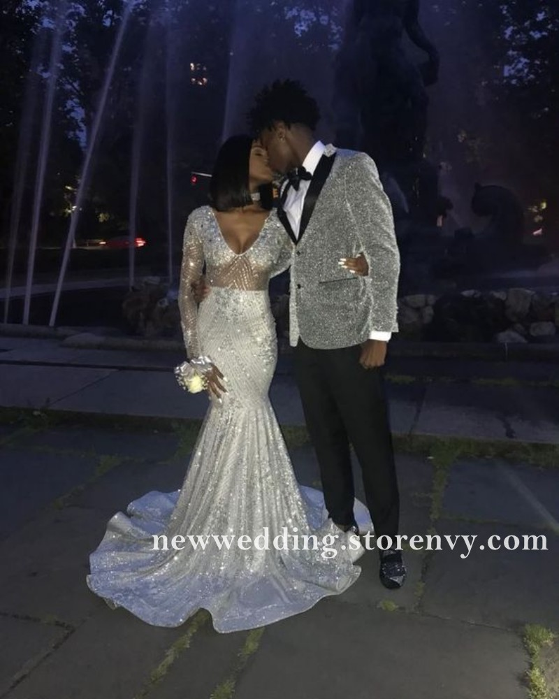 feb834718dee6 Silver Gray Long Sleeves Prom Dresses Mermaid Sexy See Through Party Gowns  For Black Girls V Neck Lace Appliques Long Evening Dress 2019