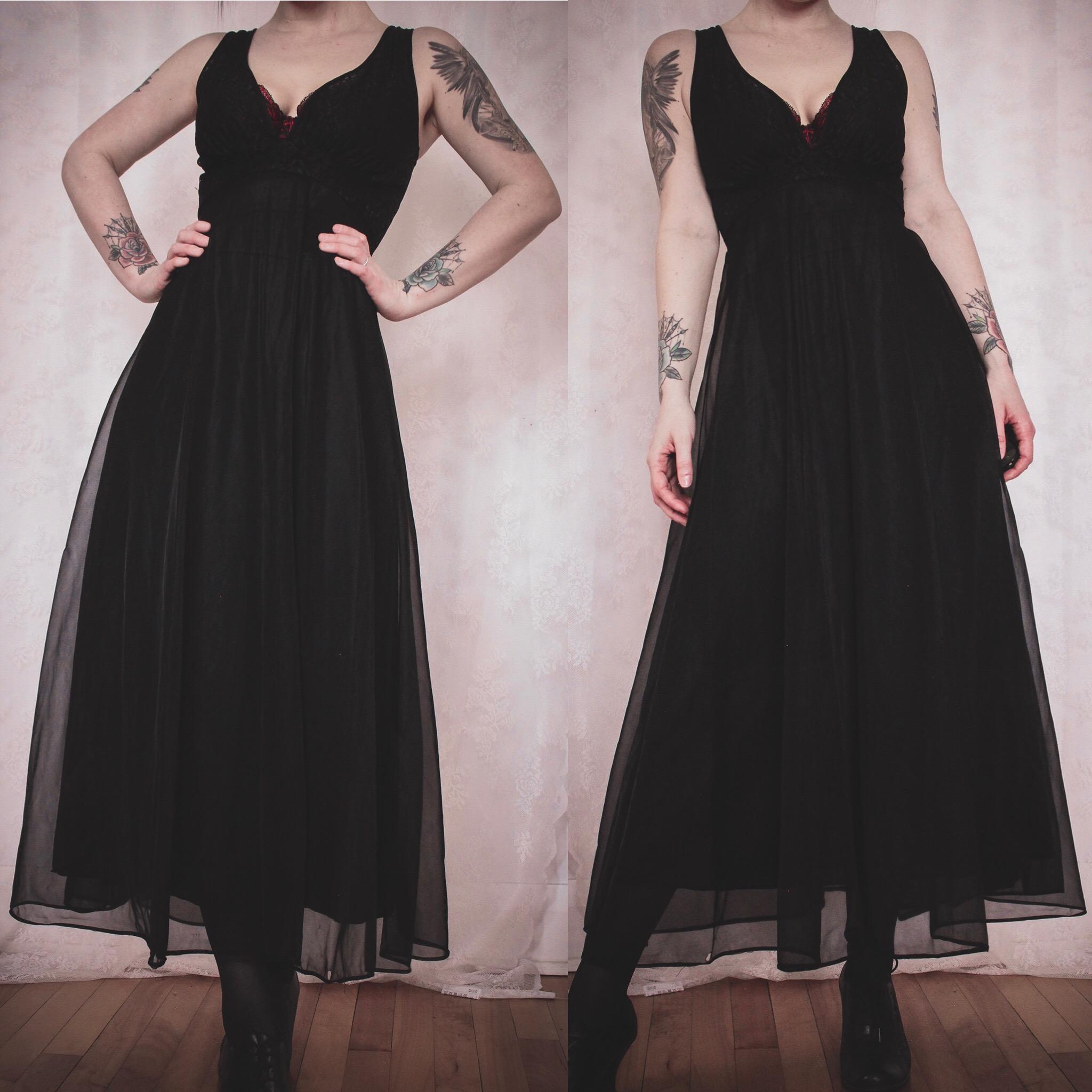 c7a8db4a2e80 Vintage 80s Black Lace & Chiffon Dressing Gown · Last Rites · Online ...