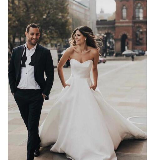 Simple Satin A Line Wedding Dresses With Pockets Sweetheart Bridal Wedding Gowns Zipper Back Sweep Cheap Bride Dress
